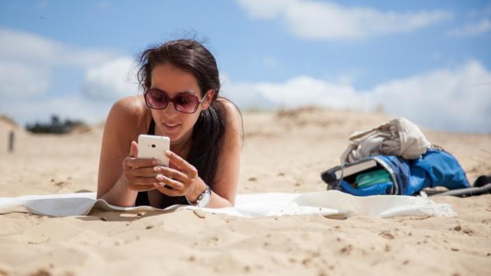 Smart auf Reisen: Passende Ausrüstung für das Smartphone