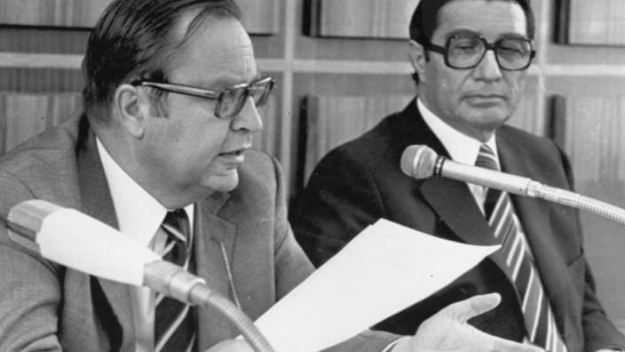 Pressekonferenz zum Anschlag auf deutsche Botschaft in Stockholm, 1975