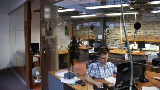 city of science and technology WEBMEDIA Tallinn Estonia ESTLAND 08 2011 Tallinn 3 km vom Zentr