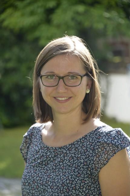 Pullach: Johanna Daiminger, 30, ist nicht neu bei der VHS Pullach. Zuletzt war sie stellvertretende Leiterin. In ihrer Freizeit ist sie als Trainerin beim TSV Wolfratshausen aktiv - ihrem Wohnort.