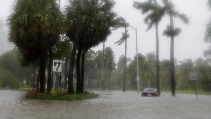 """Hurrikan """"Irma"""": Eine überflutete Straße in Miami"""
