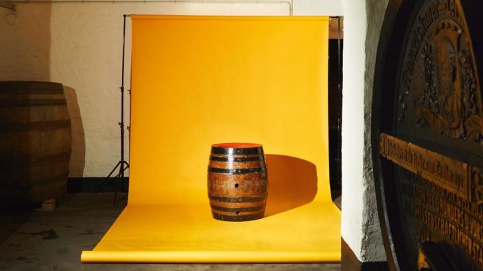Die Geschichte des Anstich-Fasses: Das Fass Nummer 27117, eines der beiden letzten 200-Liter-Holzfässer des Spatenbräu, dient nur einem Zweck: zur Wiesn angestochen zu werden.
