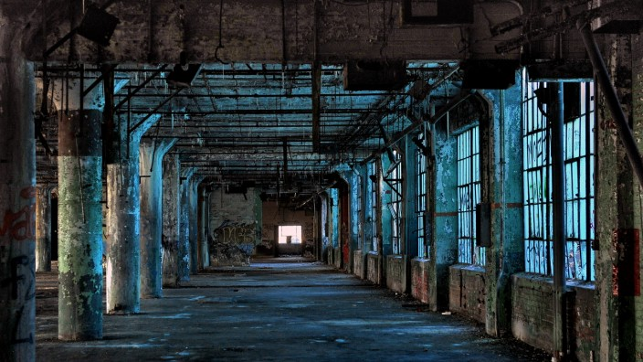 Detroit Will Soon Begin an Ambitious Program to Tear Down Thousands of Blighted Structures; WIR