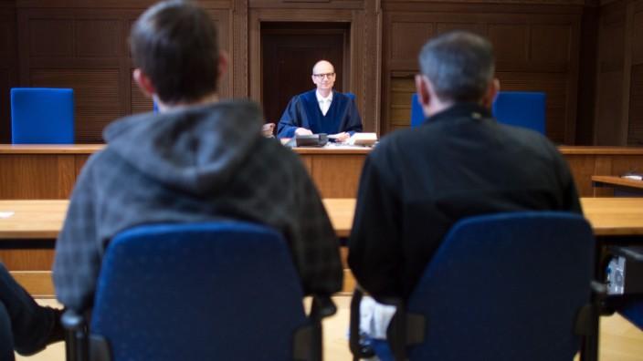 Asylverfahren am Verwaltungsgericht Düsseldorf - 2017 hatte fast jeder zweite Flüchtling mit einer Klage gegen seinen abgelehnten Asyl-Bescheid Erfolg.