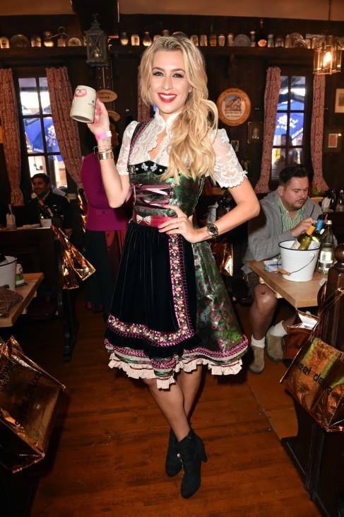 Charity Lunch At 'Zur Bratwurst' - Oktoberfest 2017
