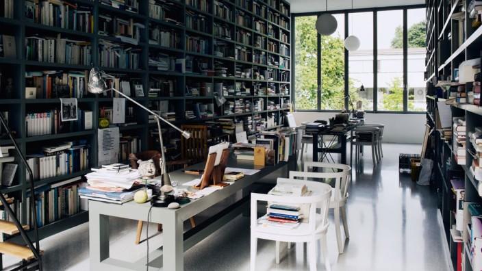 Autoren über ihre Schreibtische: Schreibtisch von Michael Krüger
