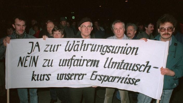Montagsdemonstration in Leipzig 1990 - Währungsunion
