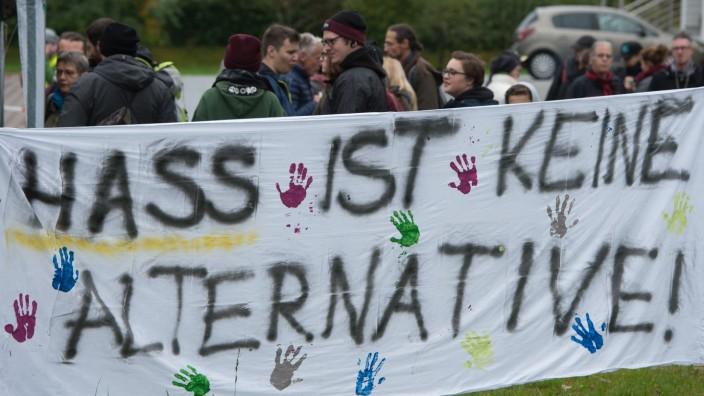 Demonstration gegen rechte Hetze in Tettau 2017.