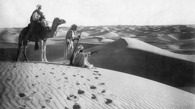 Tuareg in der algerischen Sahara, 1925