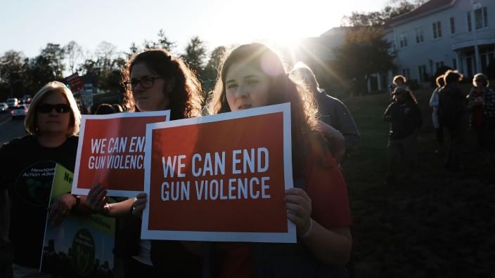 Vigil Held In Newtown, Connecticut For Las Vegas Shooting Victims
