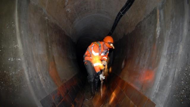 Reinigungsarbeiten in der Münchner Kanalisation, 2009