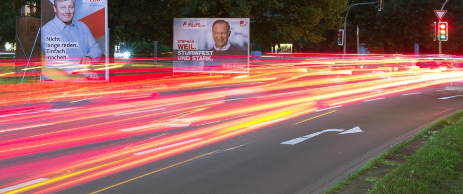 Vor Wahlen in Niedersachsen - Plakate