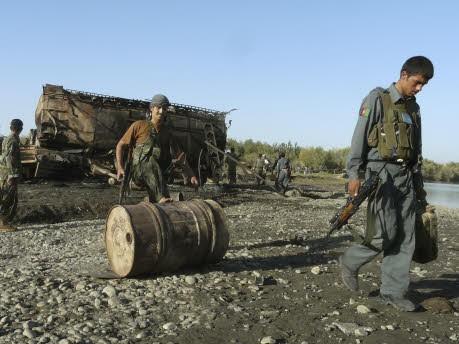 Afghanistan, Luftangriff