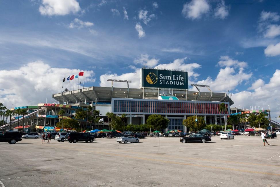 Im Sunlife Stadium spielen sowohl das NFL Team aus Miami die Miami Dolphins als auch die Miami Hur