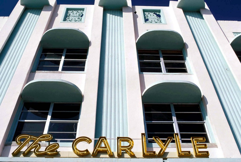 July 7 2005 MIAMI FLORIDA ART DECO DISTRICT HOTELS THE CARLYLE ROBERT ALEXANDER 1984 PUBLICATIO