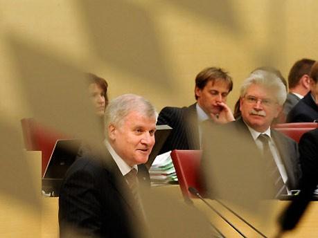 Bayerische Landesbank, BayernLB, Seehofer, CSU, Zeil, FDP, ddp
