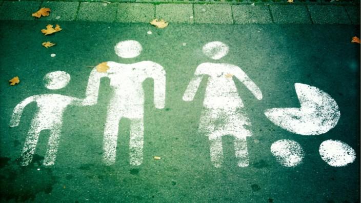 Expertengespräch: Ideal unserer Gesellschaft: Die monogame Paarbeziehung. Doch fast jede zweite Ehe wird geschieden.