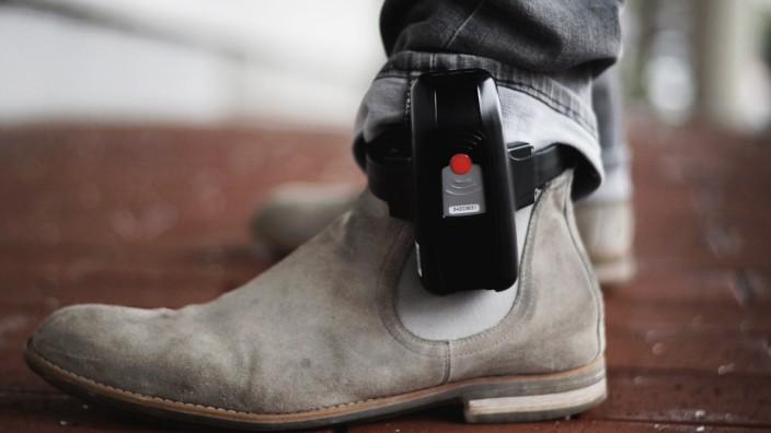 Überwachungszentrale elektronische Fußfessel
