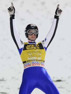 Skispringen, Vierschanzentournee; AP