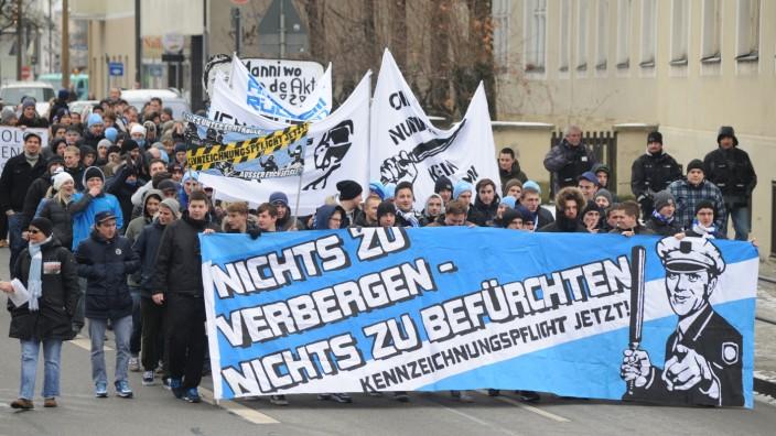 Löwenfans demonstrieren in München, 2012