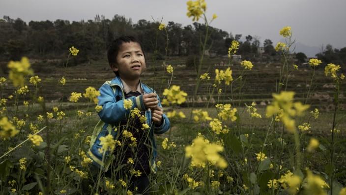 China's Left Behind Children