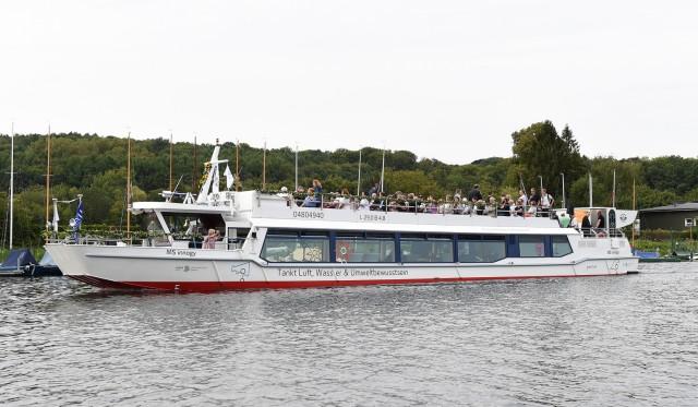 Ausflugsschiff MS innogy als erstes Klima-Projekt gestartet; Elektromobilität MS Innogy Methanol Schiff