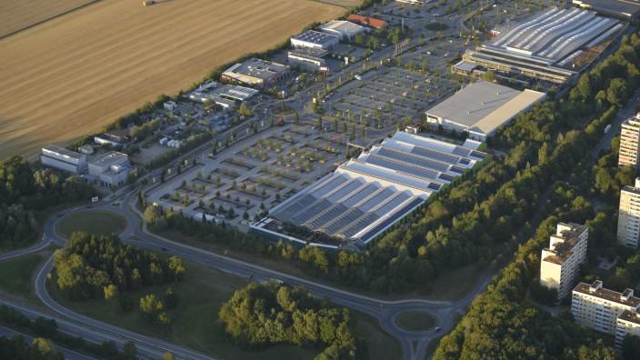 Bauen und Landschaft: Zukünftig wird es einfacher, Gewerbegebiete wie dieses in Unterhaching auszuweisen.