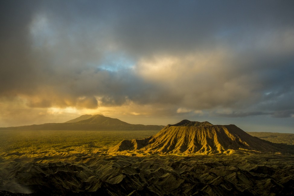 (c) Ulla Lohmann Ambrym Volcano complex in Vanutu