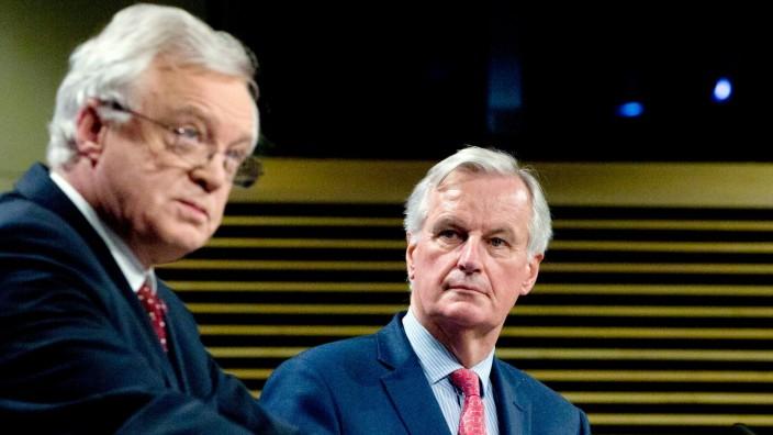 """Austritt aus der EU: """"Nur wesentlicher Fortschritt wird in die zweite Phase führen"""": Michel Barnier über die ergebnislose Verhandlungsrunde mit Brexit-Minister David Davis."""