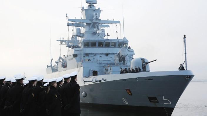 Korvette lâÄ°uft zu EU-Einsatz vor Libyen aus