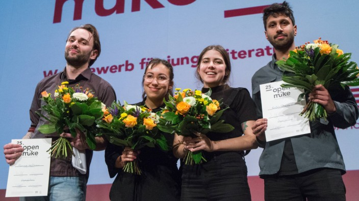 Literaturwerkstatt Berlin Haus für Poesie Die Gewinner des 25 Open Mike Mariusz Hoffmann Ronya Oth