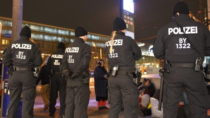 Sicherheit in München: Polizei-Razzia am Hauptbahnhof.