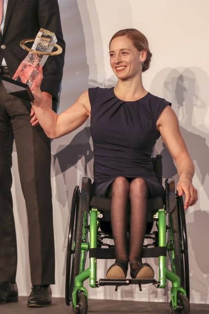 Ehrung der Para Sportler des Jahres 2017 Koeln 25 11 2017 Para Athletin des Jahres Anna Schaffelh