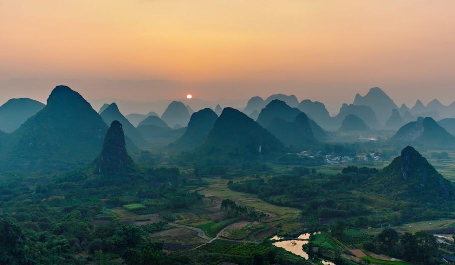 Guilin Berge, China