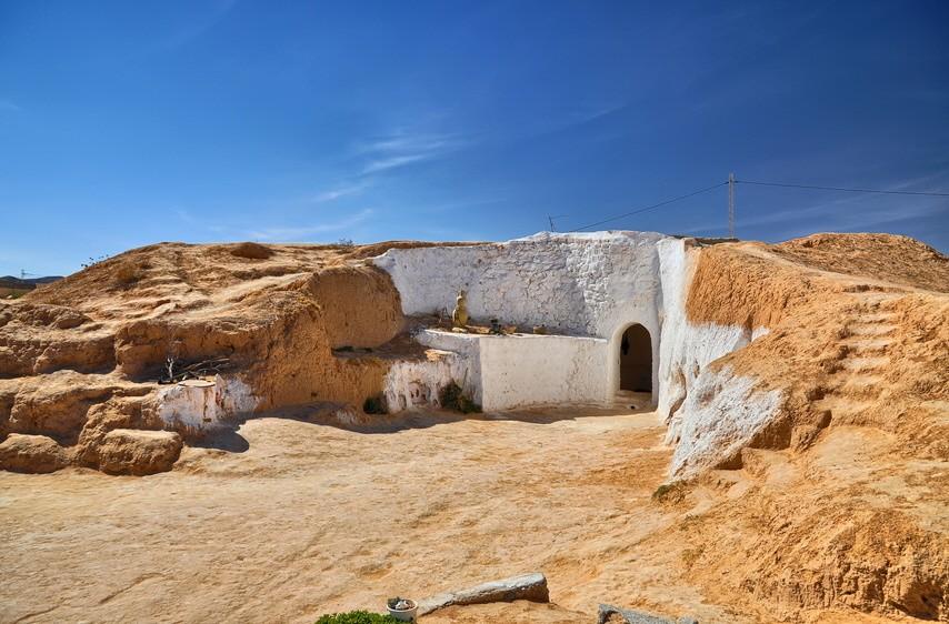 Traditional berber house, Matmata, Sahara Desert, Tunisia, Afric; Matmata, Tunesien
