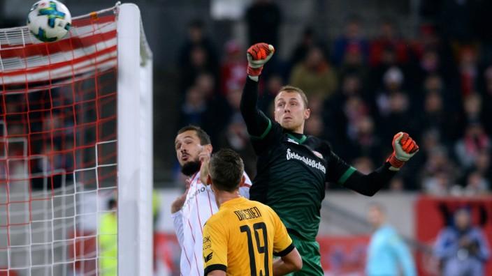 Fussball 2 Bundesliga Deutschland Herren Saison 2017 2018 15 Spieltag ESPRIT Arena Düsseldor