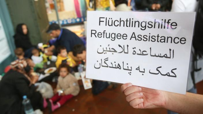 Hilfe für Flüchtlinge am Hamburger Hauptbahnhof im September 2015
