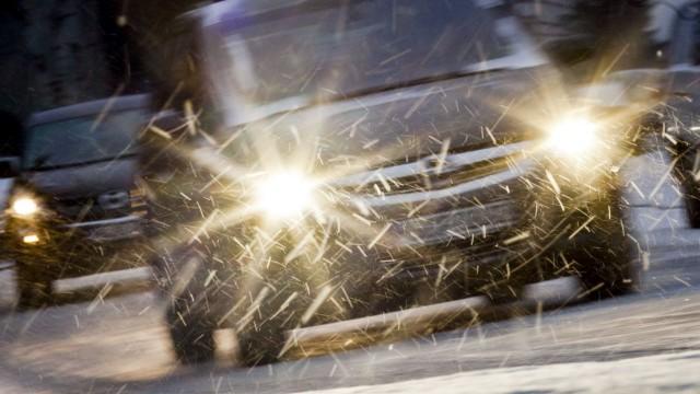Nachfüllen, wechseln, einsprühen - Autos auf Winter vorbereiten