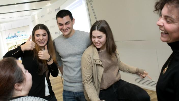Interkulturelles Jugendprojekt Youthbridge, Presse Club, Marienplatz 22