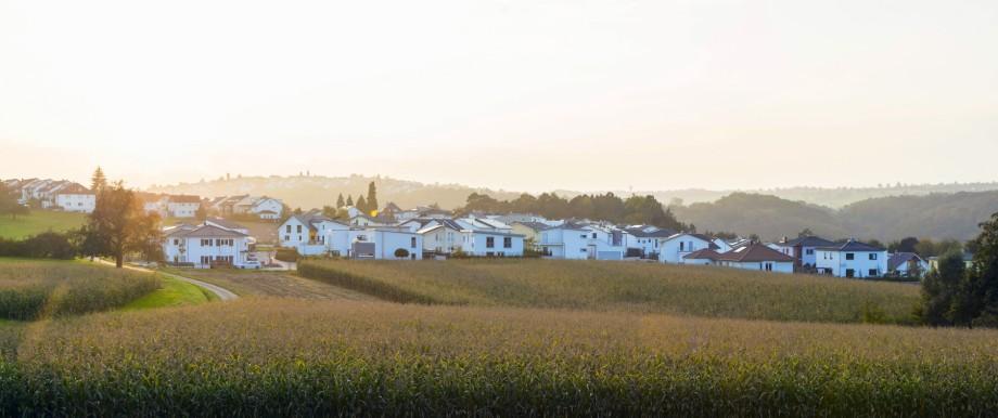 Germany Baden Wuerttemberg Swabian Alps developing area residential houses PUBLICATIONxINxGERxSU