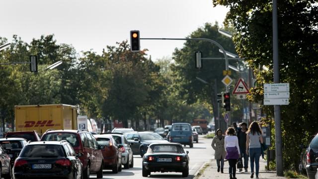 Bodenseestraße und ihren Ränder, Aubing