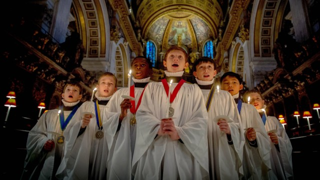 ©Licensed to i Images Picture Agency 22 12 2014 United Kingdom St Paul s Choristers rehearse f