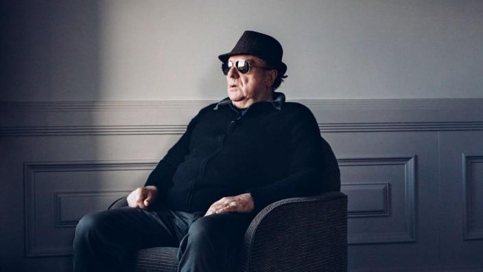 Van Morrison im Interview: In Gedanken versunken: Van Morrison nach dem Interview.