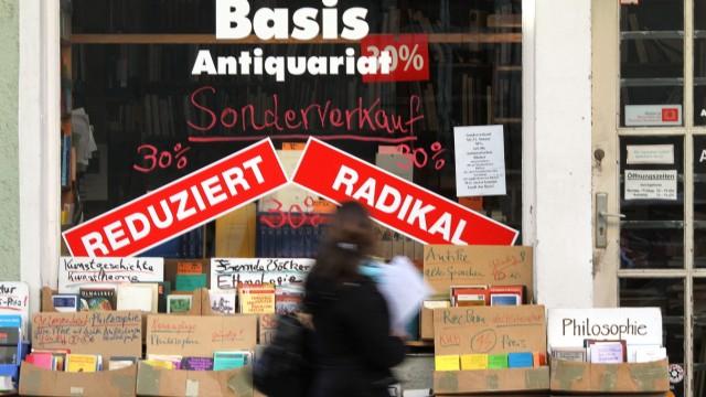 Basis Buchhandlung in München, 2012