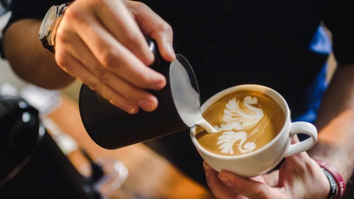 Deutscher Latte Art Meister Daniel Gerlach
