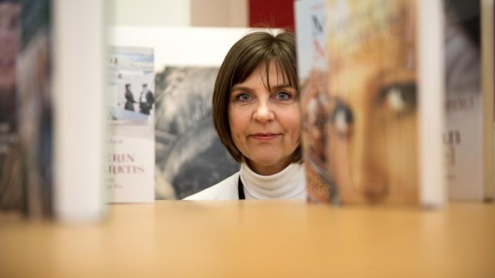 """Film: """"Ich habe in meinen Augen den schönsten Job der Welt"""", sagt Literaturagentin Christine Proske. Sie will Geschichten von starken Frauen bekannt machen."""