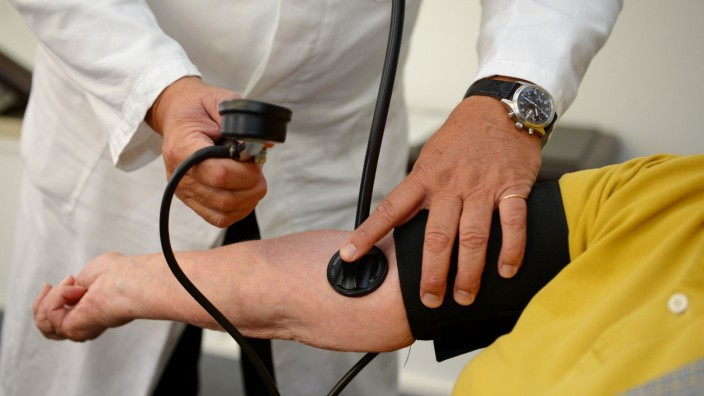 Untersuchung in einer Arztpraxis