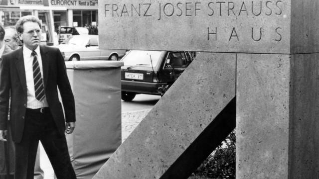 Franz Josef Strauß-Gedenkstein in München, 1989