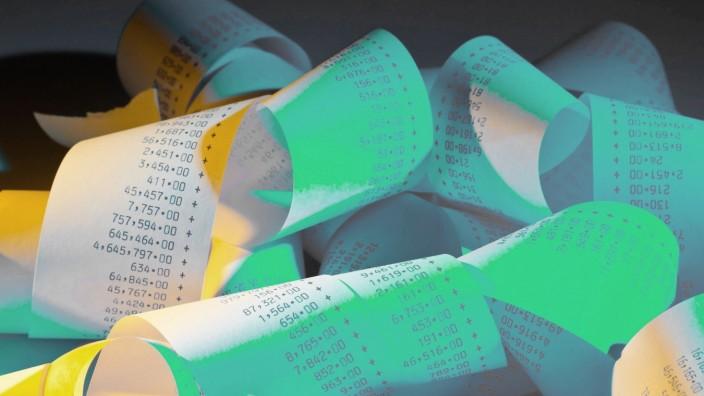 Rechenstreifen eines Taschenrechners BLWX018227 Copyright xblickwinkel McPhotox ErwinxWodickax