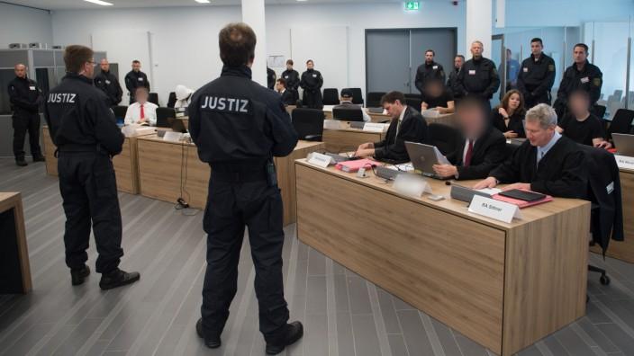 """Prozess gegen die rechtsextreme ´Gruppe Freital"""""""